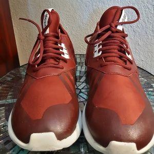 Red Adidas tubular size 12 good condition